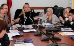 Debate në komisionin e Edukimit, nuk paraqitet Kumbaro