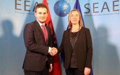Shërbimi diplomatik shqiptar kthehet në furnitor të krimit